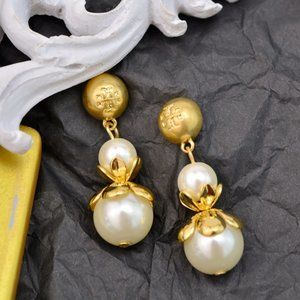 Tory Burch Vintage Delicate Pearl Earrings